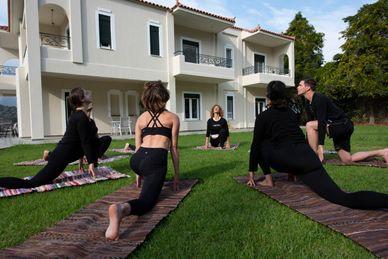 Regenerations- und Reset-Retreat für Körper und Geist in Yoga Skyros Academy Griechenland