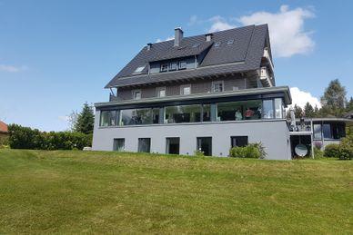 Yoga und Meditation im Herzen des Schwarzwaldes in der Saiger Lounge Deutschland